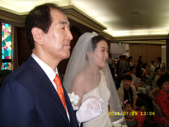 꾸미기_김웅배  차녀 결혼20110709SL274636.JPG