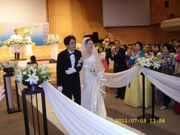 꾸미기_김웅배  차녀 결혼20110709SL274639.JPG